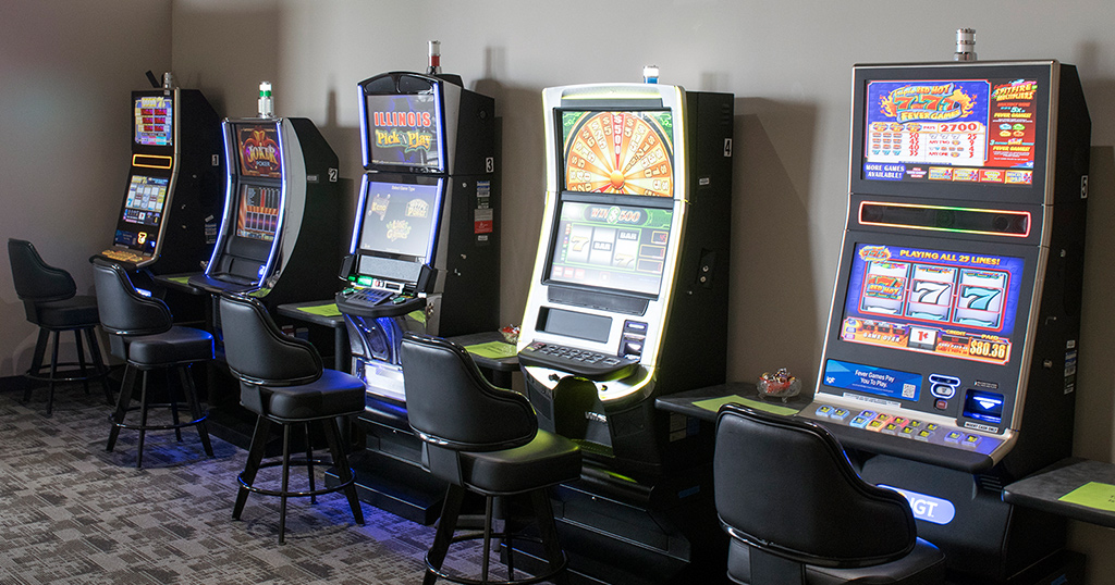 Legal slot machines in illinois have online gambling problem